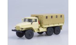 УрАЛ-375Д бортовой с тентом (бежевый)