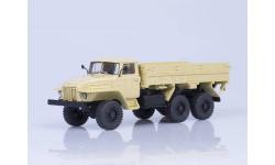 УрАЛ 375Н 6х6 бортовой, 1974 г. (бежевый)