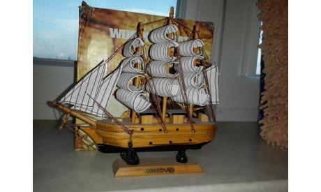 Корабль парусник (2), масштабная модель