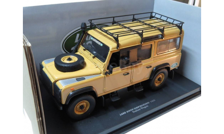 ! Две модели одним лотом! Land Rover Defender 110  Station Wagon и Land Rove Defender 110 DLLR, масштабная модель, Universal Hobbies, 1:18, 1/18