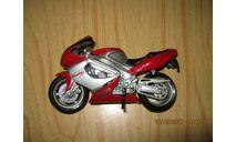Мотоцикл YAMAHA YZ1000R, запчасти для масштабных моделей