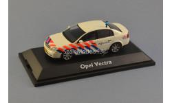 1:43 Opel Vectra Police