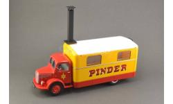 1:43 — Unic ZU 51 Kitchen Truck Pinder circus (1952)