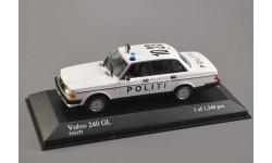 1:43 — Volvo 240 Politi