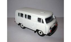 УАЗ-452В белый (пластик), масштабная модель, Тантал («Микроавтобусы УАЗ/Буханки»), 1:43, 1/43