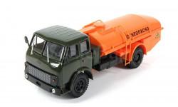 МАЗ ТЦ-7.5 Цистерна 'Огнеопасно', зеленый / оранжевый
