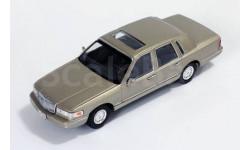 LINCOLN TOWN CAR 1996 Champagne, масштабная модель, Premium X, scale43