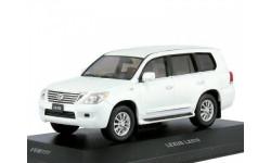LEXUS LX570 2010 (тираж 412 шт.) Pearl White, масштабная модель, VVM, scale43