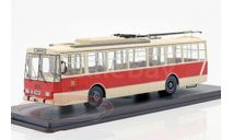 троллейбус SKODA 14TR Potsdam 1981 Beige/Red, масштабная модель, Tatra, Premium Classixxs, scale43