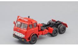 МАЗ 515А седельный тягач 'Автопробег' (1974), красный