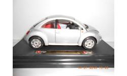 1:24  Volkswagen new Beetle.