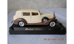 Packard  Sedan      4047  Solido