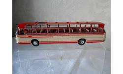 1/43 Автобус Setra S14 1966 Beige/Red IXO Автобусы