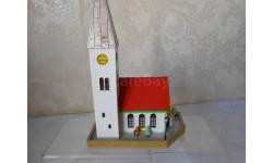 Здания и сооружения для макета 1:87 16,5 HO Церковь с фигурками, фирмы FALLER.