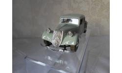 модель 1/24 CITROEN  T.A  15CV   Burago  металл, масштабная модель, 1:24