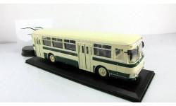 Автобус Лиаз 677 Ранний СССР ClassicBus 1:43