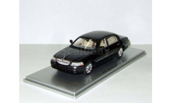Линкольн Lincoln Town Car Черный Luxury Collectibles 1 43