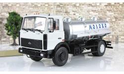 Маз 5337 Цистерна АЦИП 7,7 Молоко 1990 СССР АИСТ Автоистория 1:43
