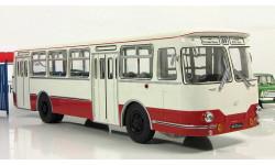 автобус Лиаз 677 к/ф 'Джентльмены Удачи' 1971 СССР Классик Бус ClassicBus 1:43, масштабная модель, 1/43
