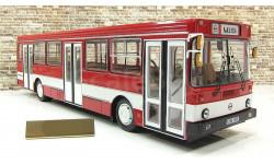 Автобус Лиаз 5256 Городской красный 1989 СССР ClassicBus 1:43