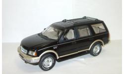 Форд Ford Expedition 5.4 V8 'Eddie Bauer' 1998 4x4 Черный UT Models 1:18, масштабная модель, scale18