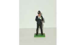 фигурка человек Констебль Полицейский Лондон 1896 Britains 1:32 Made in England (1970-е), фигурка, Englands, scale32