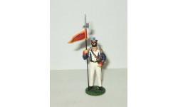 фигурка солдат 2й Орлоносец 46 полка Линейной пехоты 1813 г № 67 Наполеоновские войны 1:32, фигурка, scale32