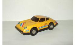 Игрушка автомобиль Порше Porsche 911. Желтый цвет. Cделано в СССР. 1980-е гг. 1:40, масштабная модель, scale0