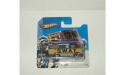 фургон Combat Medic SWAT Hot Wheels 1:64
