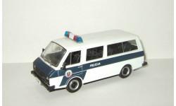 Раф 22038 (2203) Латвия микро автобус Полиция Латвии 1995 IXO IST Полицейские Машины Мира 1:43