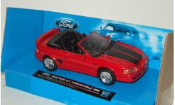 Форд Ford Mustang GT Convertible 1994 New Ray 1:43, масштабная модель, 1/43