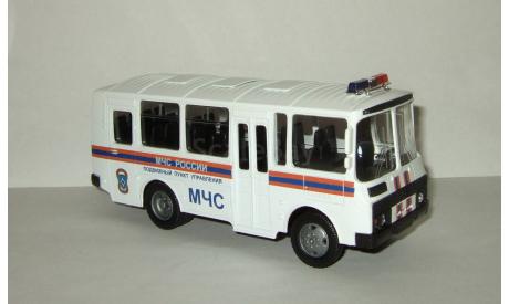 автобус Паз 32053 МЧС Пункт управления Autotime 1:43, масштабная модель, 1/43, Autotime Collection