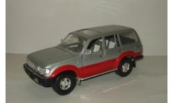 Тойота Toyota Land Cruiser 80 4x4 Road Signature 1:18