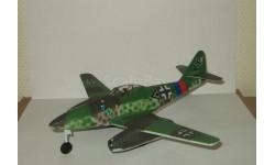 немецкий самолет Messerschmitt ME 262 A 1942 Великая Отечественная война Air Signature 1:48, масштабные модели авиации, 1/48