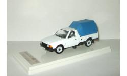 Москвич 2141 Пикап 2335 с тентом (белый/синий) Prommodel43 1:43, масштабная модель, 1/43