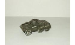 Бронетранспортер USA M8 Greyhound Light Armor Tank USMC Corgi 1:72