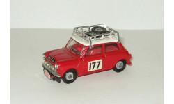 Мини Mini Cooper Corgi Made in England 1 43