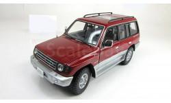 Мицубиси Mitsubishi Pajero Long 3.5 V6 4WD 4x4 Sunstar 1:18 1224