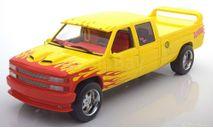 Шевроле Chevrolet C-2500 Silverado Custom Crew Cab 'Pussy Wagon' 1997 (из к/ф 'Убить Билла') Greenlight 1:18 19015, масштабная модель, scale18, Greenlight Collectibles