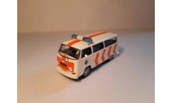 Volkswagen Transporter T2 (Полиция Нидерландов ПММ №17) 1/43
