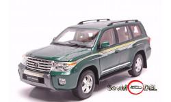 Бесплатная доставка ! 1:18 Toyota Land Cruiser 200 ,2012 . Дилерская модель, масштабная модель, 1/18