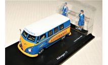 Volkswagen T1 Bus 'LUFTHANSA' mit 2 Stewardess-Figuren, blue/yellow, Grrmany, масштабная модель, Schuco, scale43