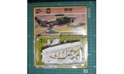 легкий штурмовик Fiat G.91R/1 Gina 1:72  Airfix, сборные модели авиации, 1/72