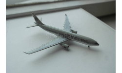 1:500  Airbus A330-200 Qatar Airways, Herpa