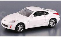NISSAN 350Z белый Real-X 1/72, масштабная модель, scale0