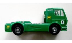 Wiking  1/87  Mercedes Benz 'racing truck BP #1