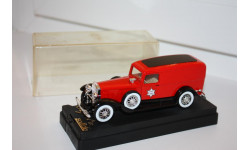 SOLIDO 4070 CADILLAC VAN POMPIERS - FIRE ENGINE 1930 RED 1/43, масштабная модель, scale0