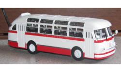ЛАЗ 695Е Классикбус красный