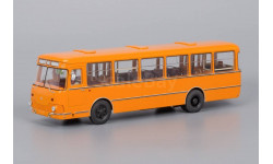 Автобус ЛИАЗ-677М 1983 оранжевый с запасным колесом, масштабная модель, ClassicBus, scale43