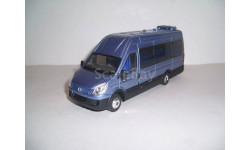 Автобус Ивеко IVECO irisbus Daily Tourys ROS001237, масштабная модель, scale43